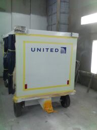 United baggage cart in daytime 2 with EverLasting Glow strips